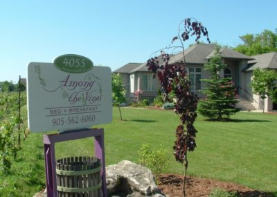 Overnight stay at Among the Vines bed and breakfast Di Profio Winery Jordan Ontario